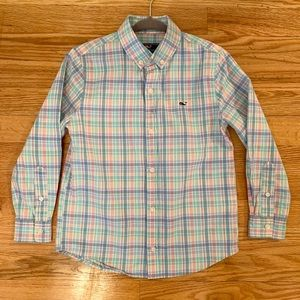 Boys Vineyard Vines Shirt, size 6.